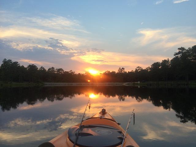 bass kayak lake fishing