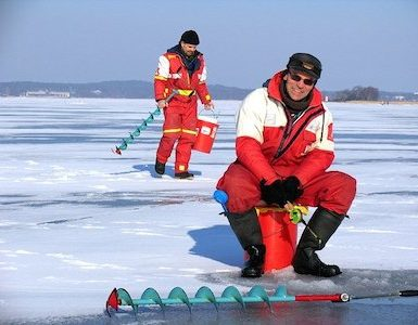 Why are Ice Fishing Rods Short